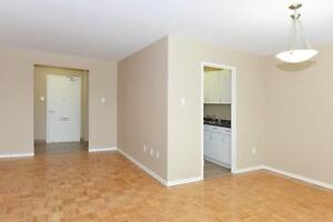 1 BDRM DOWNTOWN ACROSS FROM VICTORIA PARK!!!