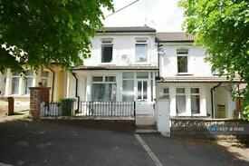 5 bedroom house in Bertha Street, Treforest, CF37 (5 bed)