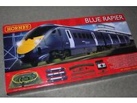 HORNBY Blue Rapier TRAIN SET with working lights MINT CONDITION - COMPLETE IN BOX - 00 GAUGE