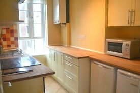 **Redecorated** Large three bedroom apartment close to East Dulwich Station. A must see!