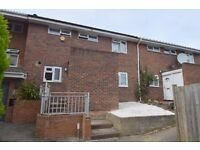 3 bedroom family house to rent in Northolt