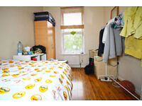 *AWESOME DOUBLE ROOM IN MILE END
