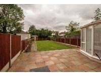 LARGE 3-BEDROOM HOUSE ON KENTON LANE HA3 £1900 PM