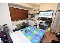 LOVELY Bedsit w/ OWN KITCHENETTE In ENFIELD - Great Links To STRATFORD & LIVERPOOL ST!