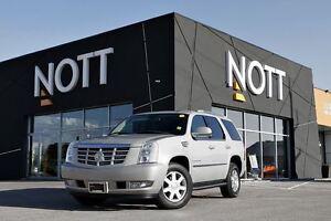 2009 Cadillac Escalade Rare, Sunroof, AWD, Navigation