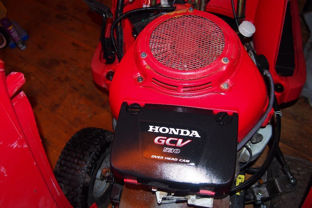 amazing honda gcv 530 twin overhead cam v twin engine. Black Bedroom Furniture Sets. Home Design Ideas