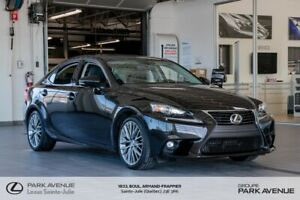 2015 Lexus IS 250 * PREMIUM * AWD * TOIT * CAMERA * +RÉSERVÉ+