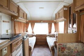 1995 Avondale four 4 berth caravan with inflatable awning and motor mover
