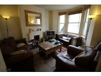 A great 2 bedroom property on Queenstown Road with a garden (available 1st August)
