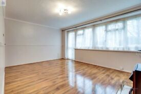 Beautiful 2 bedroom garden maisonette with parking space to rent in Addiscombe/Croydon.