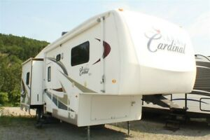 2006 Forest River Cardinal 33RE