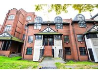 SPLIT LEVEL 1 BED FLAT WITH SECURE PARKING AVAILABLE ASAP IN WAPPING - ONLY £300PER WEEK - CALL ASAP