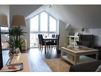 Stunning 2 bedroom flat in modern private development
