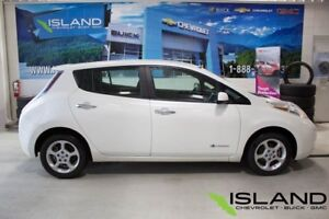 2013 Nissan LEAF | Electric | Heated Seats | Heated Wheel