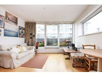 1bed with lovely natural light, set within a modern development with concierge, Queenstown Road SW8