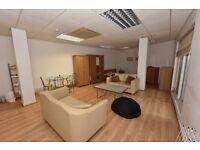 (Decima St) All inclusive studio apartment,furn,modern decor,shared patio,close to tube