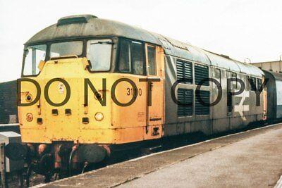 UK DIESEL TRAIN RAILWAY PHOTOGRAPH OF CLASS 31 31110 LOCO. (RM31-38)