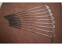 Nice set of golf clubs good condition