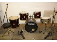 Sonor Force 505 Series Wine Red 5 Piece Full Drum Kit (18 in bass) + Stands + Stool + Cymbals