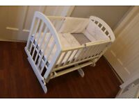 Swinging Crib VIB White incl ClareDeLune bedding