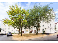 3 bedroom house in Kingsnympton Park, Kingston Upon Thames, KT2