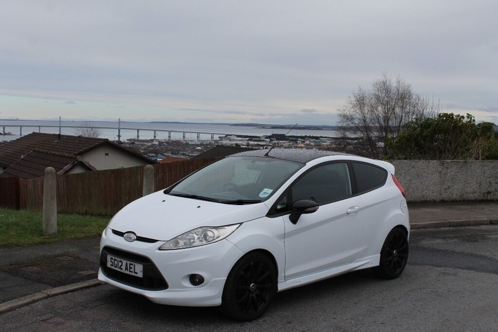 ford fiesta zetec s 2012 white diesel reduced in inverness highland gumtree. Black Bedroom Furniture Sets. Home Design Ideas
