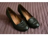 Clarks black women's shoes