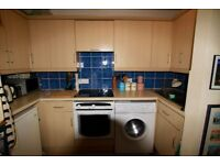 Beautiful Victorian 2 bed First Floor Balcony Flat, prime location off Whiteladies rd with parking.