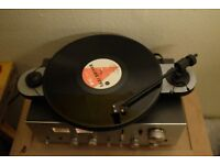 Pro-ject Elemental Turntable boxed