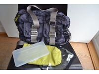 Oi Oi designer nappy / changing bag