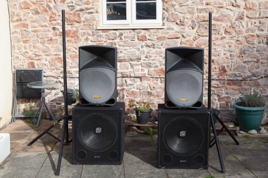 Complete Active PA Speaker System - 2 Tops and 2 Subs plus stands and  connecting leads   in Tiverton, Devon   Gumtree