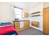 **Westbourne Grove** Self contained bright and airy Studio set in a period conversion