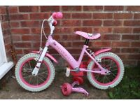 """Girls Hello Kitty bike with stabilisers (14"""" wheels) to suit up to 5/6 year old."""