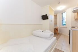 Studio for Long Lets Swiss Cottage £1000 pcm all bills and WIFI