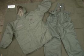 Rare!! French Army/Foreign Legion ECWS COLD WEATHER Suit, ideal for Fishing (as new)