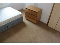 Double room available in a newly refurbished 3 bedroom flat in Clapham North