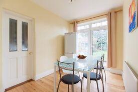 Lovely large double room s in sweet homes 6 mins walk Wembley park.NR preston road tube baker street