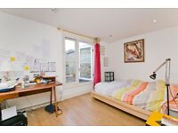 SUPERB 2 DOUBLE BEDROOM FLAT CLOSE TO FINSBURY PARK & HOLLOWAY! PRIVATE TERRACE IN A NEW DEVELOPMENT