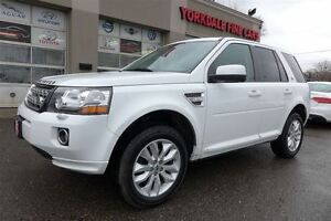 2013 Land Rover LR2 Navigation, Panoramic roof, Park Assist, Cle