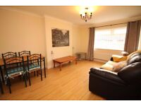 Very large 1 bedroom flat in Islington dss accepted with guarantor