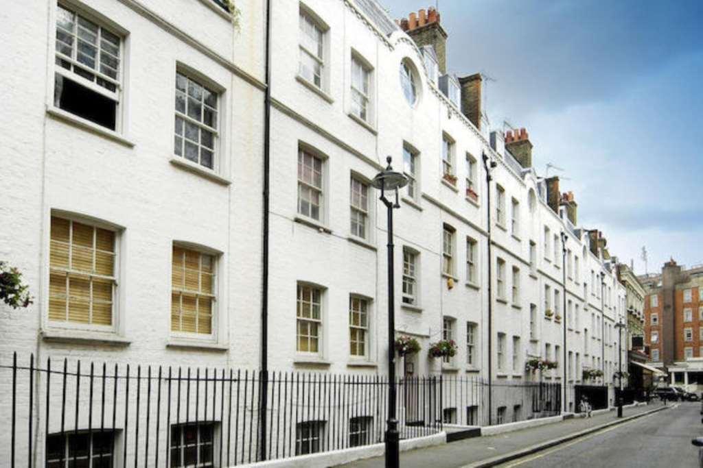 1 bedroom flat in Homer Street, Marylebone, W1H