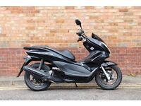Honda PCX 125 **1 Years MOT** NOT Sh Ps Dylan S-wing N-Max X-Max Forza CBF Yamaha ybr Cygnus Vity