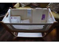 Snuzpod 3 in 1 bedside crib including mattress, mattress protector and 4x sheets