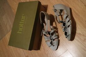 Ladies Sandals by Hotter