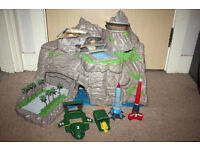 Thunderbirds Tracy Island Playset (Large) and Thunderbirds 1-4 Ships