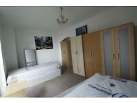 Comfortable twin room available now in St Johns Wood!GOOD OFFER! 18f