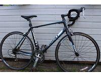 Road Racing Bike (GIANT Defy 5)