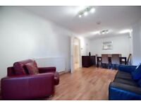 A well arranged one bedroom garden flat, located on Wallace Road N1