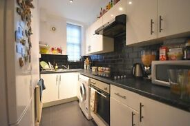 2 DOUBLE BED, GRND FLOOR FLAT IN CONVERTED FIREHOUSE BUILDING, CHARLTON ROAD, BLACKHEATH