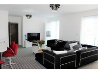 Spacious Two Bed/Bedroom Two Bathroom Apartment With Balcony In Barking IG11 Near A13